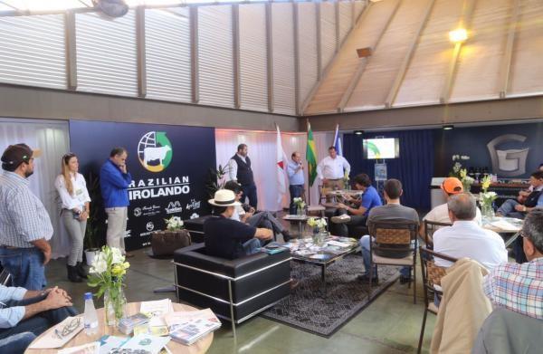 Projeto Brazilian Girolando é apresentado na Megaleite 2017