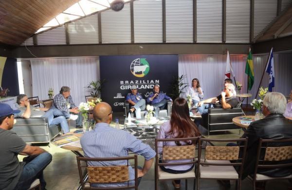 Representantes estaduais apresentam demandas regionais na Megaleite 2017