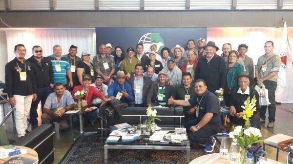 Comitiva do Amazonas visita a Megaleite e busca ampliação do PMGG no Estado
